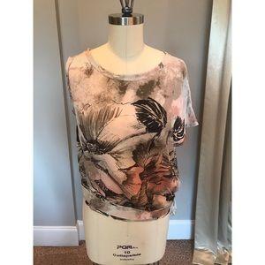 NWT BCBG Maxazria Silk Floral Top Size Xs